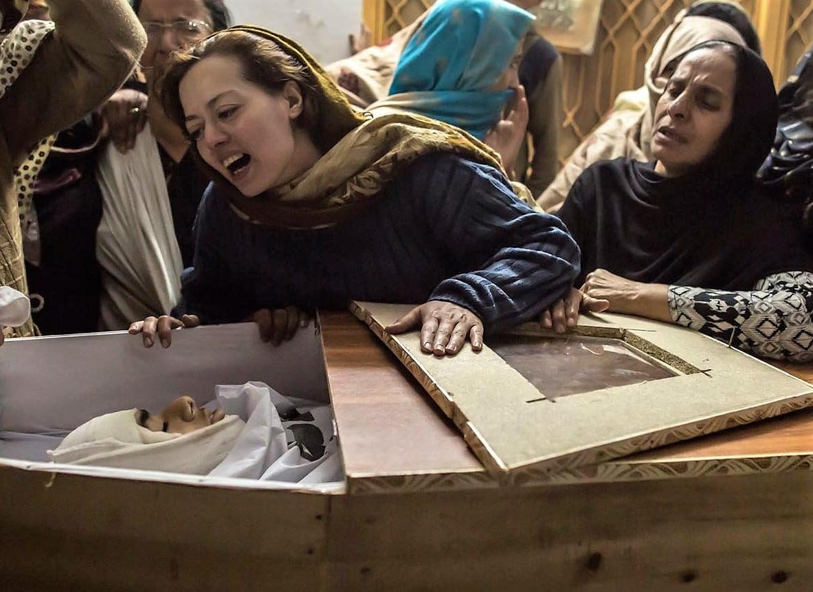 Meridith Kohut, fotógrafa de The New York Times, muestra una de las series más impactantes de la triste realidad venezolana. Mundo gráfico.
